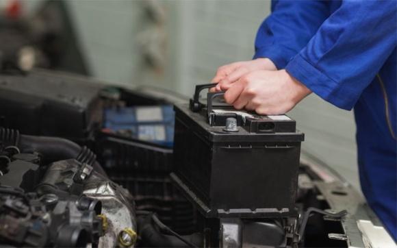 Акумуляторна батарея: використання та обслуговування фото, ілюстрація