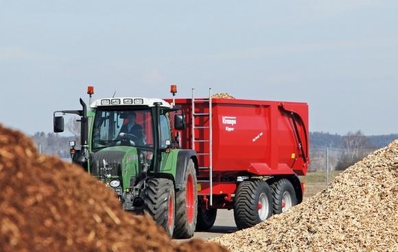 Эксклюзивный тест-драйв трактора: Fendt Farmer 313 Vario SCR фото, иллюстрация