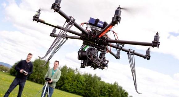 Про що розповість аерофотозйомка сільгоспугідь, зроблена за допомогою дрона? фото, ілюстрація