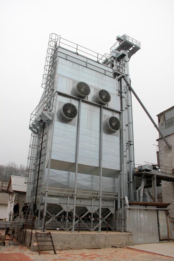 Рынок шахтных зерносушилок в Украине фото, иллюстрация