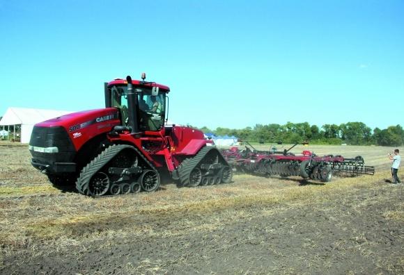 Експерт-тест: найпотужніші американські трактора на українських полях фото, ілюстрація