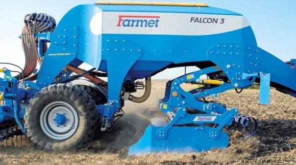 Зернові сівалки: три Falcon'а від Farmet фото, ілюстрація
