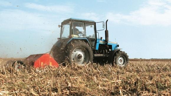 Эксперт-тест: тракторы фото, иллюстрация