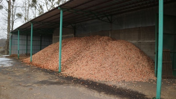Як господарство замінило газ кукурудзяними качанами фото, ілюстрація