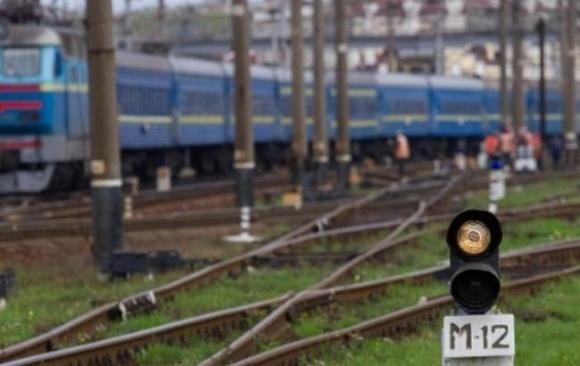 Ежемесячно из вагонов «Укрзалізниці» воруют грузы на 5 млн грн. фото, иллюстрация