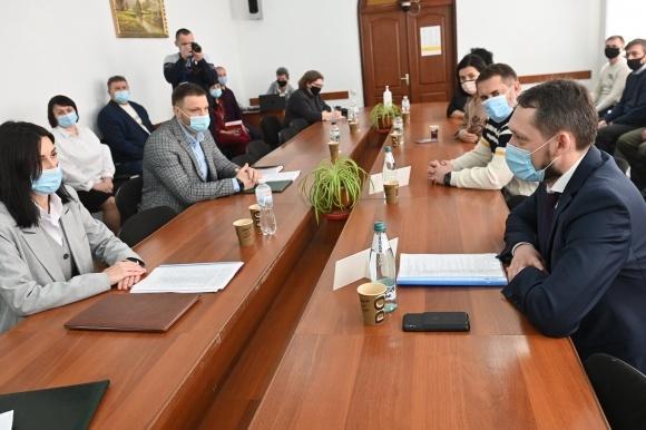 На Луганщине хотят создать современный агрологистический хаб фото, иллюстрация