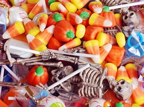 Американцы потратят 2.7 миллиарда долларов на конфеты к Хэллоуину фото, иллюстрация