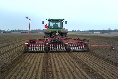 Аграрії в 11 областях України розпочали посів ранніх зернових культур фото, ілюстрація