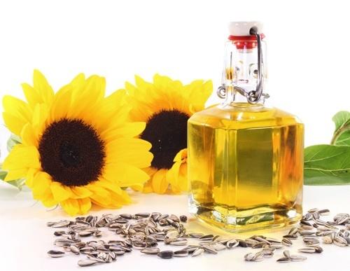 Соняшникова олія: оцінки світового попиту та пропозиції фото, ілюстрація