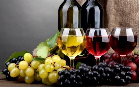 Українці випивають в 10 разів менше вина, ніж французи  фото, ілюстрація