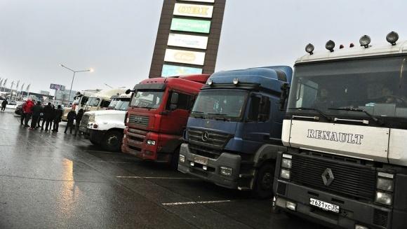 Дальнобойщики в Аргентине завершили забастовку, которая остановила экспорт зерна  фото, иллюстрация