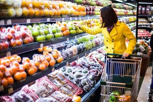 Стало відомо цінове співвідношення вітчизняних та імпортних товарів фото, ілюстрація