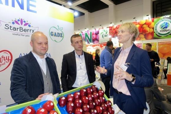 Украина принимает участие в выставке Fruit Logisticа в Берлине фото, иллюстрация