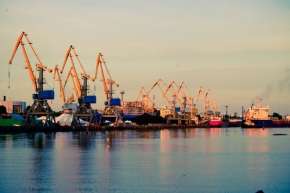 Правительство Украины снизило портовые сборы фото, иллюстрация