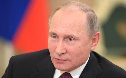 Путін продовжив на півроку обмеження на транзит через РФ з України в Казахстан фото, ілюстрація