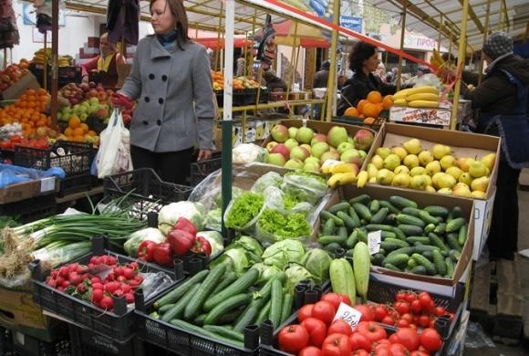 Перевірку харчових продуктів проводитимуть раз на три місяці — Лапа фото, ілюстрація