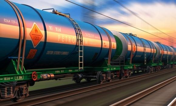 Аграрії втратять мільярди через обмеження імпорту нафтопродуктів фото, ілюстрація
