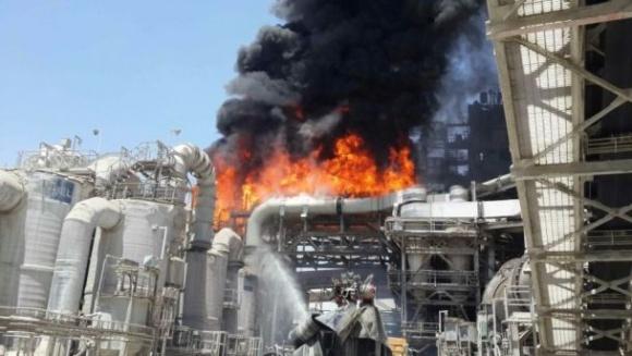 На заводе по производству удобрений Israel Chemicals произошла крупная утечка химикатов фото, иллюстрация