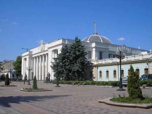 Аграрний комітет ВР рекомендував прийняти проект Закону України щодо захисту від аграрного рейдерства фото, ілюстрація