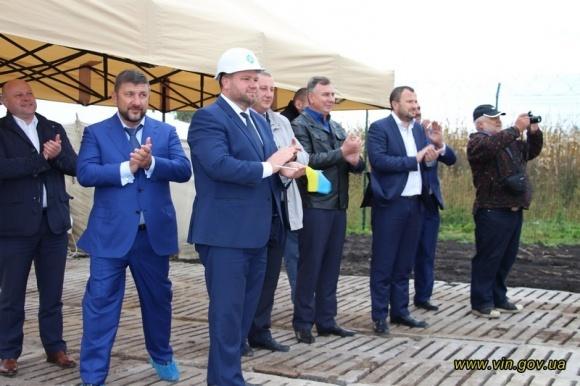 На Вінничині розпочато будівництво нового потужного елеватора фото, ілюстрація