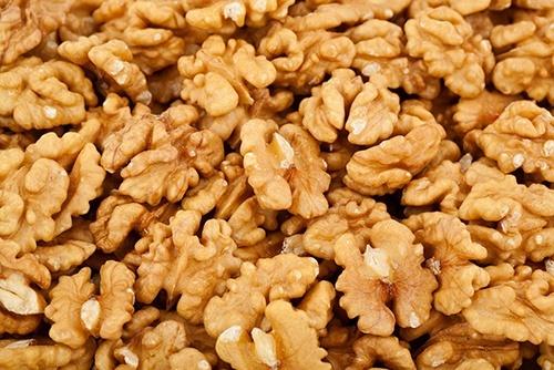 Украина начала экспортировать грецкий орех в Японию фото, иллюстрация