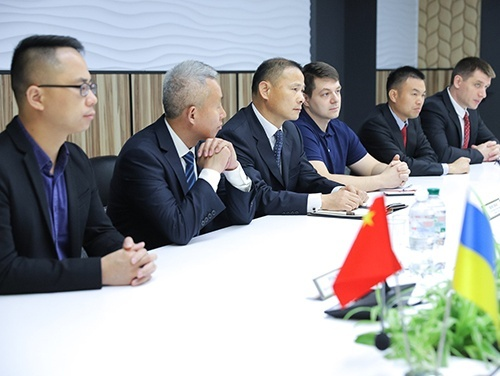 Минагрополитики поддерживает намерение КНР инвестировать в промышленную переработку картофеля - Виктор Шеремета фото, иллюстрация