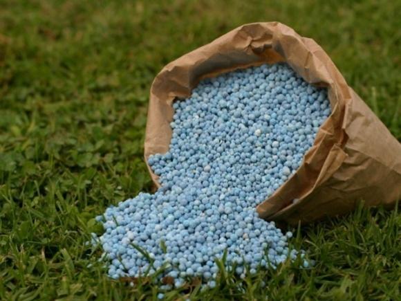Нардепы требуют остановить незаконный импорт российских удобрений в Украину фото, иллюстрация
