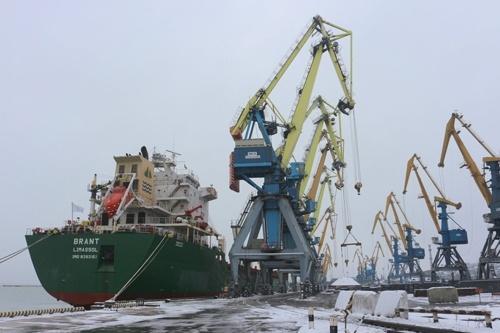 Маріупольський порт торік перевалив понад 5.3 мільйона тонн вантажів фото, ілюстрація