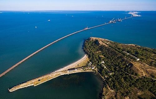 РФ демонстративно препятствует прохождению кораблей в украинские порты через Керченский пролив, - Цигикал фото, иллюстрация