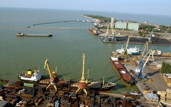 З моменту анексії Криму порти Азовського моря суттєво зменшили експорт зернових фото, ілюстрація