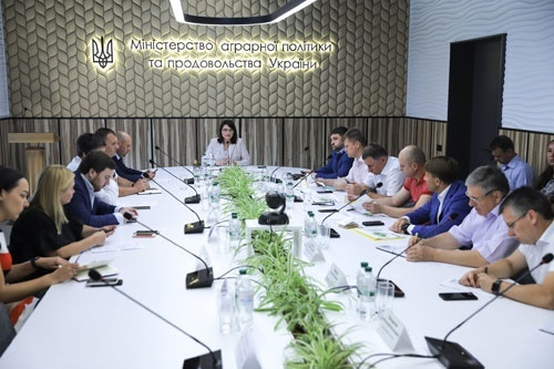 УЗА и Укрзализныця договорились усилить координацию по открытию новых элеваторов и маршрутных станций, - логистический штаб Минагрополитики фото, иллюстрация