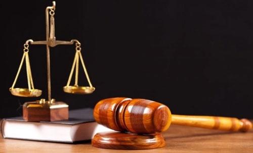 У Фірташа пообіцяли оскаржувати в суді рішення АМКУ розділити Ostchem фото, ілюстрація