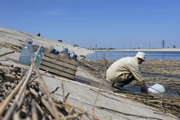 Україна готова розглянути можливість подачі води в Крим фото, ілюстрація
