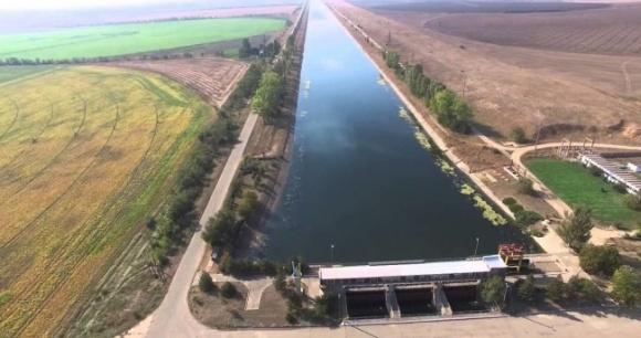 На Севере Крыма развивается капиллярное засоление почв из-за закрытия Северо-Крымского канала фото, иллюстрация