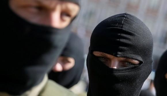 На Кіровоградщині прокурор виставив фермера винним у конфлікті з рейдерами і правоохоронцями фото, ілюстрація