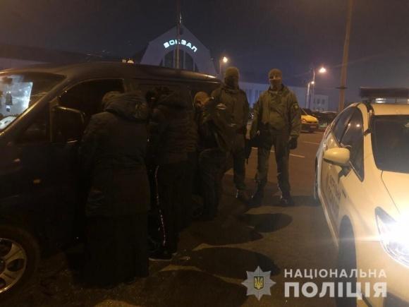 Правоохоронці звільнили 94 особи, які з примусу ОПГ працювали на сільськогосподарських роботах фото, ілюстрація