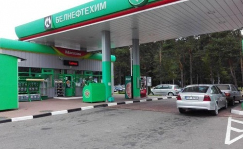 Білорусь частково відновила постачання пального в Україну фото, ілюстрація