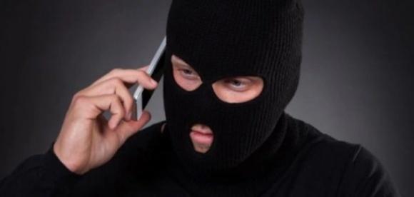 Полиция разыскивает афериста, который продал мужчине несуществующие удобрения за 132 тысячи фото, иллюстрация