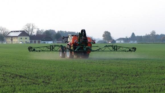 Европейские экологи выступили за сокращение использования пестицидов в сельском хозяйстве фото, иллюстрация