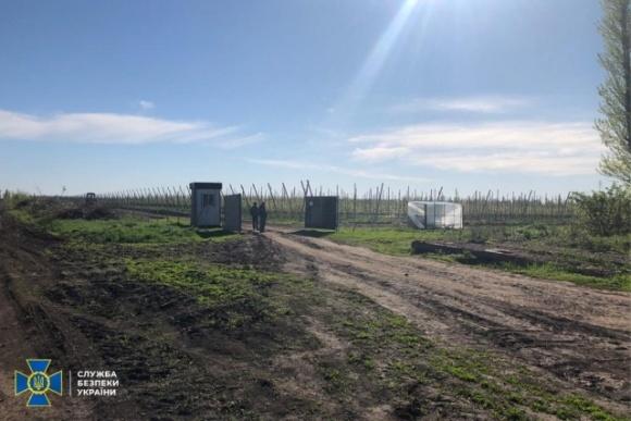 Черкасские чиновники разворовали 4 млн грн бюджетных средств из программы по развитию садоводства  фото, иллюстрация