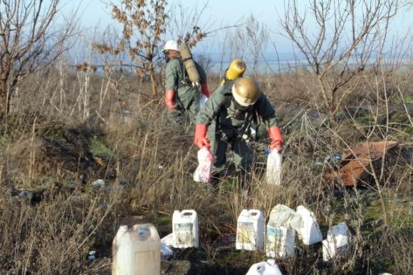 На Кіровоградщині виявили несанкціоноване звалище агрохімікатів фото, ілюстрація