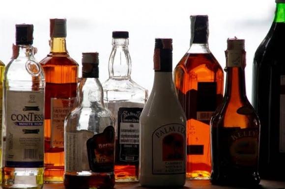 Депутати хочуть відмінити акциз на алкоголь фото, ілюстрація