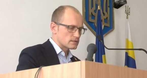 Депутаты Ровенского облсовета раскритиковали нардепа Аликсийчука, который голосовал за так называемый «рынок земли» фото, иллюстрация