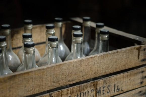 Фальсифікованого алкоголю в Україні більше, ніж «казенного» фото, ілюстрація