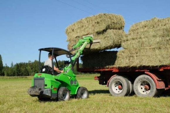 Арендовать сельхозтехнику теперь можно через сервис KOLESO фото, иллюстрация