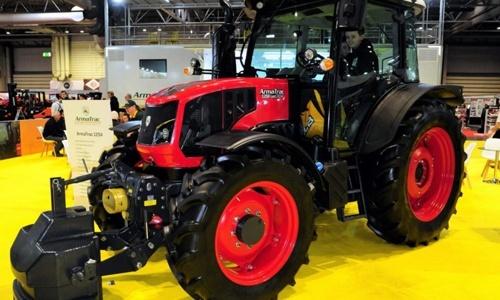 ArmaTrac розширює модельний ряд тракторів фото, ілюстрація