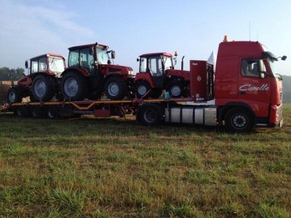 Білорусь не проти наростити поставки тракторів до України в 3-4 рази фото, ілюстрація