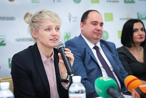 Ольга Трофімцева взяла участь у презентації першого органічного цукру фото, ілюстрація