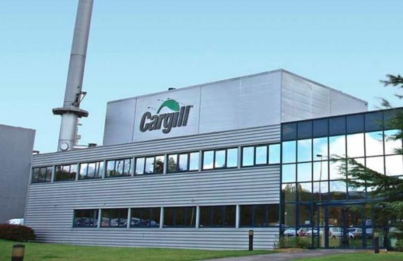 Cargill веде переговори про вихід із бізнесу, що займається торгівлею цукром фото, ілюстрація