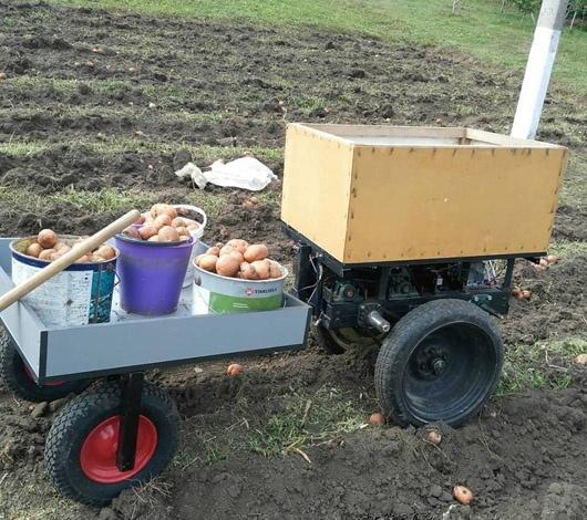 Педагог из Тернополя смастерил агродрон, который окучивает и выкапывает картофель фото, иллюстрация